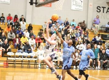 Two visitors sweep, two split in Friday TRC hoops