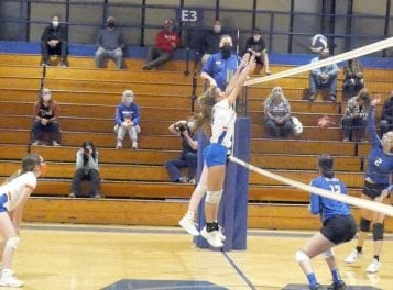 Whiteville volleyball defeats St. Pauls 3-0, but sweep is misleading